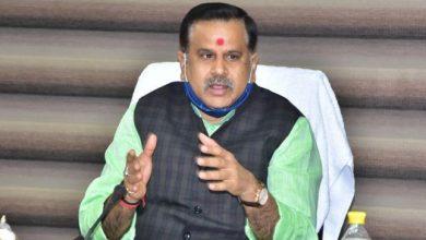 Photo of घाटों पर साफ-सफाई की व्यवस्था सुनिश्चित की जाय: डा0 महेन्द्र सिंह