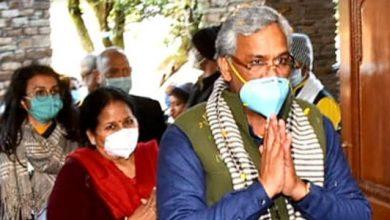 Photo of सीएम त्रिवेंद्र सिंह रावत नई दिल्ली से उपचार के बाद स्वस्थ होकर देहरादून लौटे