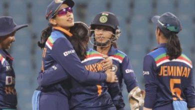 Photo of भारतीय महिला टीम ने दक्षिण अफ्रीका को नौ विकेट से करारी शिकस्त दी
