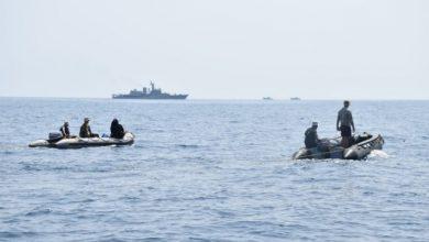 Photo of भारतीय नौसेना ने मंगलौर के करीब समुद्र में लापता मछुआरों की तलाश एवं बचाव के प्रयासों में अपना अमला तैनात किया