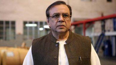 """Photo of """"परेश रावल अभिनय में एक मास्टर क्लास हैं!"""" तूफ़ान के निर्देशक राकेश ओमप्रकाश मेहराने किया साझा।"""