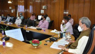 Photo of सचिवालय में शहरी विकास विभाग की समीक्षा करते हुएः CM तीरथ सिंह रावत