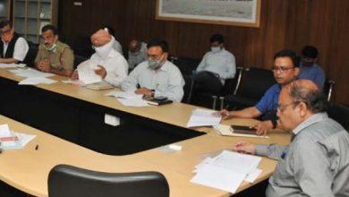Photo of चारधाम परियोजना की समीक्षा बैठक लेतेे हुएः मुख्य सचिव ओमप्रकाश