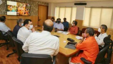 Photo of राज्यमंत्री की अध्यक्षता में जनपद अयोध्या के पर्यटन विकास के संबंध में बैठक सम्पन्न