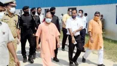 Photo of मुख्यमंत्री ने शहंशाहपुर, जनपद वाराणसी स्थित विशाल गौशाला में स्थापित किये जा रहे बायोगैस प्लाण्ट का निरीक्षण किया