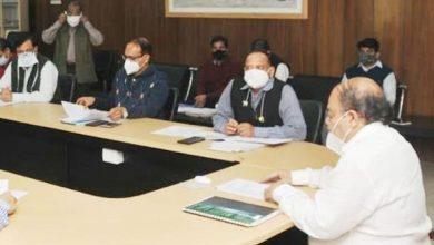 Photo of बद्रीनाथ-केदारनाथ पुनर्निर्माण कार्यों की समीक्षा करते हुएः मुख्यसचिव