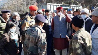 Photo of जोशीमठ के रैणी क्षेत्र में आपदा ग्रस्त क्षेत्र का मुख्यमंत्री ने किया स्थलीय निरीक्षण
