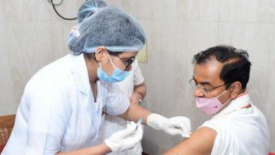 Photo of उप मुख्यमंत्री श्री केशव प्रसाद मौर्य ने टीकाकरण अभियान के तहत कोरोना वैक्सीन का लगवाया टीका