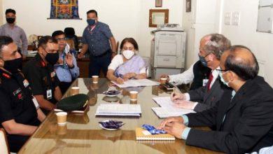 Photo of रक्षा मंत्रालय ने भारतीय सेना को लाइट स्पेशलिस्ट वाहनों की आपूर्ति के लिए एमडीएसएल के साथ अनुबंध पर हस्ताक्षर किए