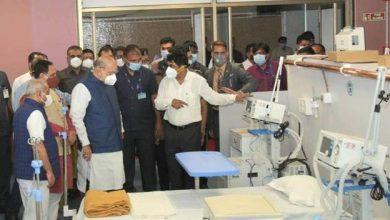 Photo of अमित शाह ने अहमदाबाद में नवनिर्मित धन्वंतरि कोविड अस्पताल का दौरा किया