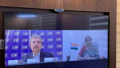 Photo of भारतीय उद्योग की अत्यधिक सहिष्णुता, धैर्य और दृढ़ता के लिए सराहना की, उसका 'गामानज़ुयोई' के रूप में वर्णन किया