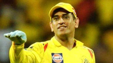 Photo of IPL 2021: आईपीएल शुरू होने से पहले रंग में दिखे धौनी, गेंदबाजों की जमकर कर रहे धुनाई