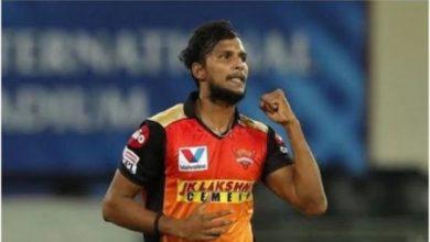 Photo of सीजन की बुरी शुरुआत के बाद सनराइजर्स हैदराबाद को बड़ा झटका, टी नटराजन IPL से बाहर