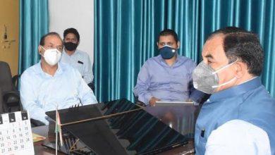 Photo of आयुष विभाग की आपातकालीन बैठक लेते हुएः मंत्री हरक सिंह रावत