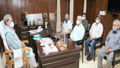 Photo of श्री राधा स्वामी सत्संग व्यास के पदाधिकारियों ने मुख्यमंत्री तीरथ सिंह रावत से भेंट की