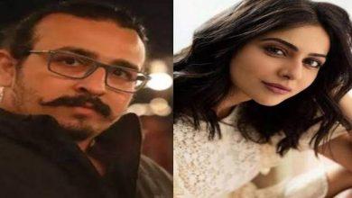 Photo of आरएसवीपी मूवीज़ की अगली फ़िल्म में रकुल प्रीत सिंह निभाएंगी कोंडम टेस्टर का किरदार!