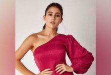 Photo of सारा अली खान ने कोविड रिलीफ़ के लिए सोनू सूद की चैरिटी फाउंडेशन में दिया अपना योगदान; सोनू सूद ने अभिनेत्री को कहा धन्यवाद!