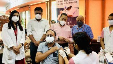 Photo of केंद्रीय मंत्री डॉ. जितेंद्र सिंह ने नॉर्थ ब्लॉक में आयोजित डीओपीटी के विशेष टीकाकरण शिविर का किया दौरा किया
