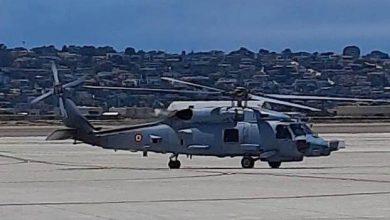 Photo of भारतीय नौसेना ने दो एमएच-60आर मल्टी रोल हेलीकॉप्टरों (एमआरएच) के पहले बैच को स्वीकार किया