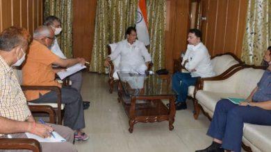 Photo of मा0 विधानसभा अध्यक्ष के साथ सूचना विभाग के अधिकारियों की बैठक हुई